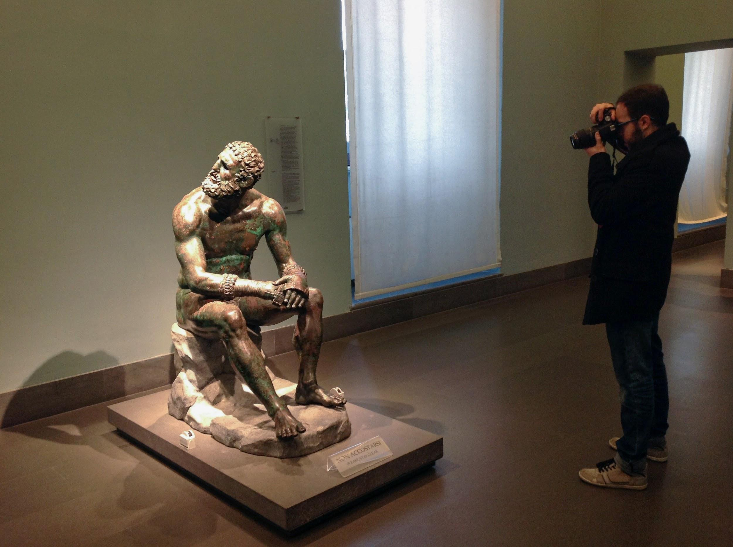 That's me face to face with the Boxer in the Museo Nazionale Romano - Palazzo Massimo alle Terme (Rome)