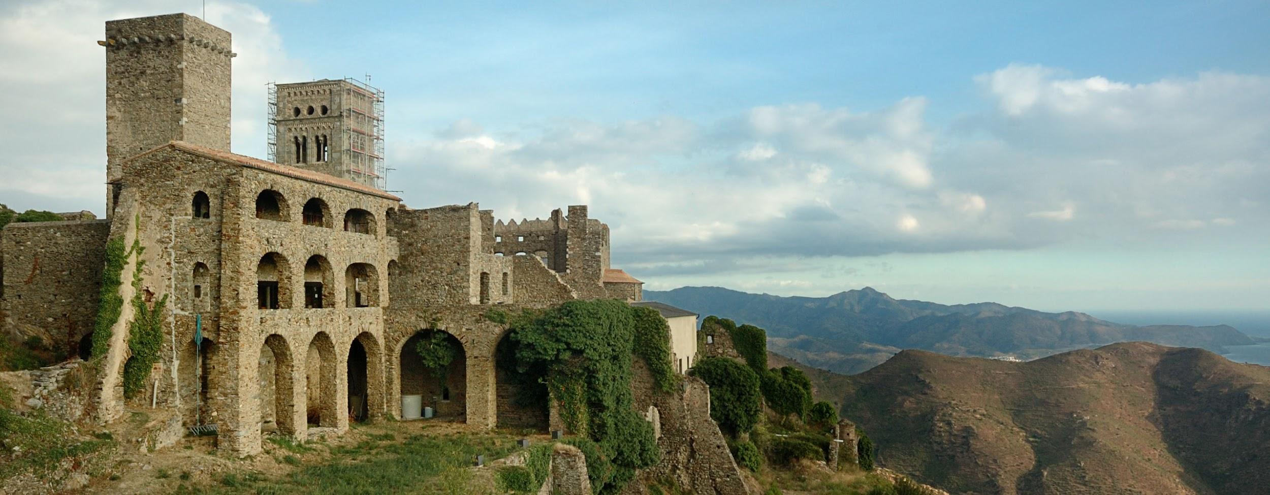 View of the Sant Pere de Rodes monastery (Photo: Jordi Bertran -cc-)