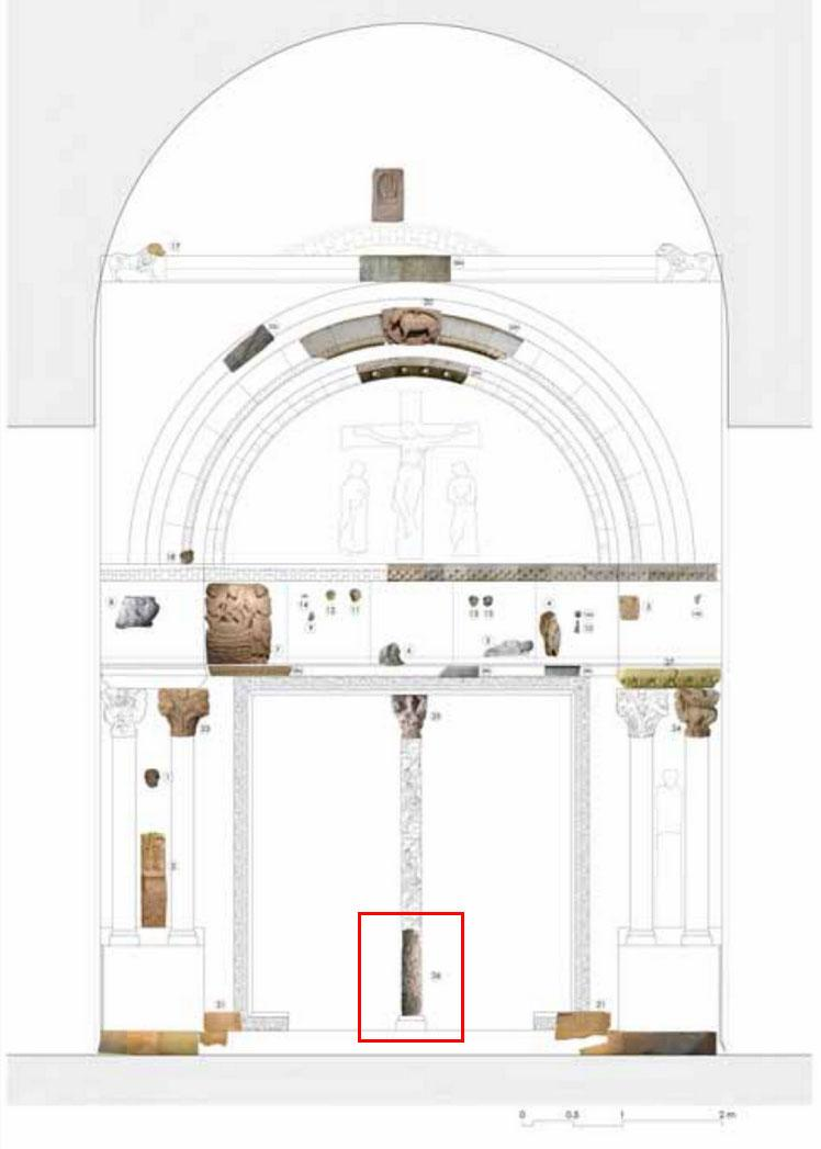 Reconstruction diagram of medieval doorway with preserved fragments. In red our column shaft.